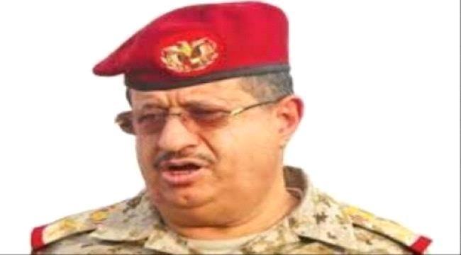 اخبار سياسية بمباركة سعودية هادي يطيح بالمقدشي من وزارة الدفاع ويحدد بديله